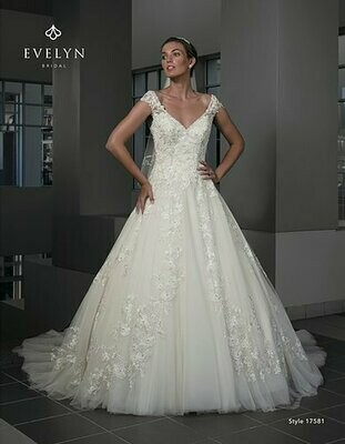 Evelyn Bridal Reagan size 22