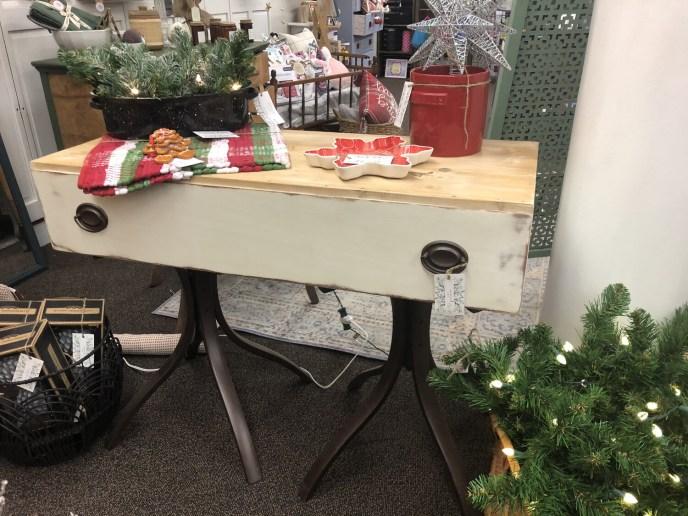 F8 White & Wood Sofa Table