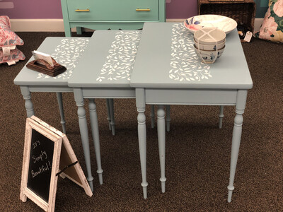 (28) Nesting tables (3) - Light blue