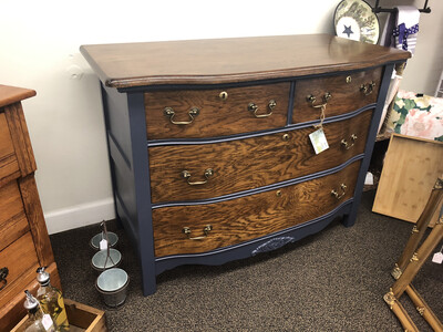 (44) Dresser-Navy w/wood drawers