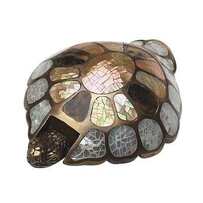 Schaub & Company Symphony  Nature Collection Cabinet  Pull, Pendant, Mother of Pearl/Penshell, Turtle