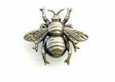 "ZivaWorks Decorative Hardware Bee Cabinet Knob  2"" X 2 3/8"""