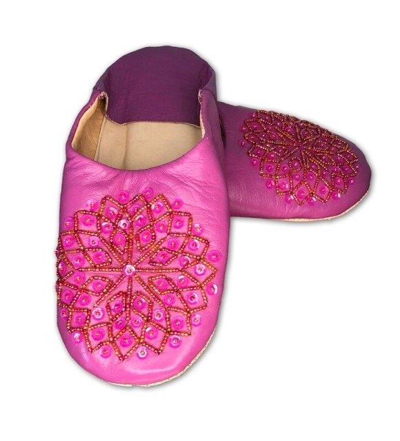 Dark pink leather slippers with sequin decoration