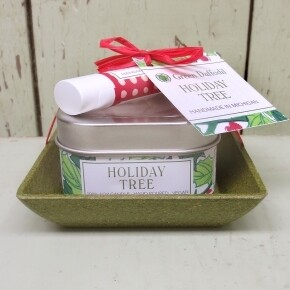 Green Daffodil Holiday Tree Candle And Lip Balm Dish Kit
