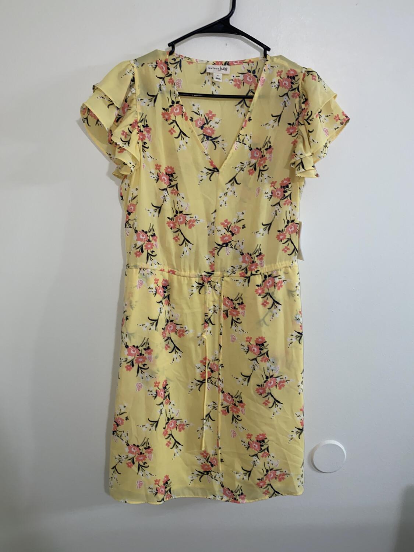 a312 -Maison-Jules-small women's-yellow flower dress