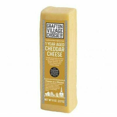 Grafton Village 1 YEAR Aged Cheddar Cheese 8oz.