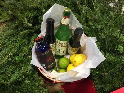 Cocktail Enthusiast's Gift Basket