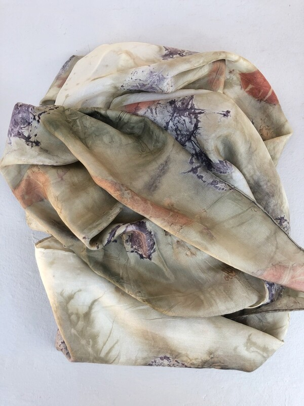 L2 - Long pure silk scarf - geranium
