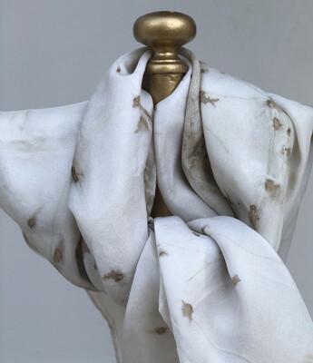 SA 4 Pure silk accessory scarf