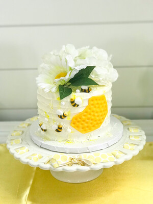 Ivory Cake Stand