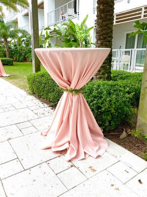 Cocktail Table - Pedestal