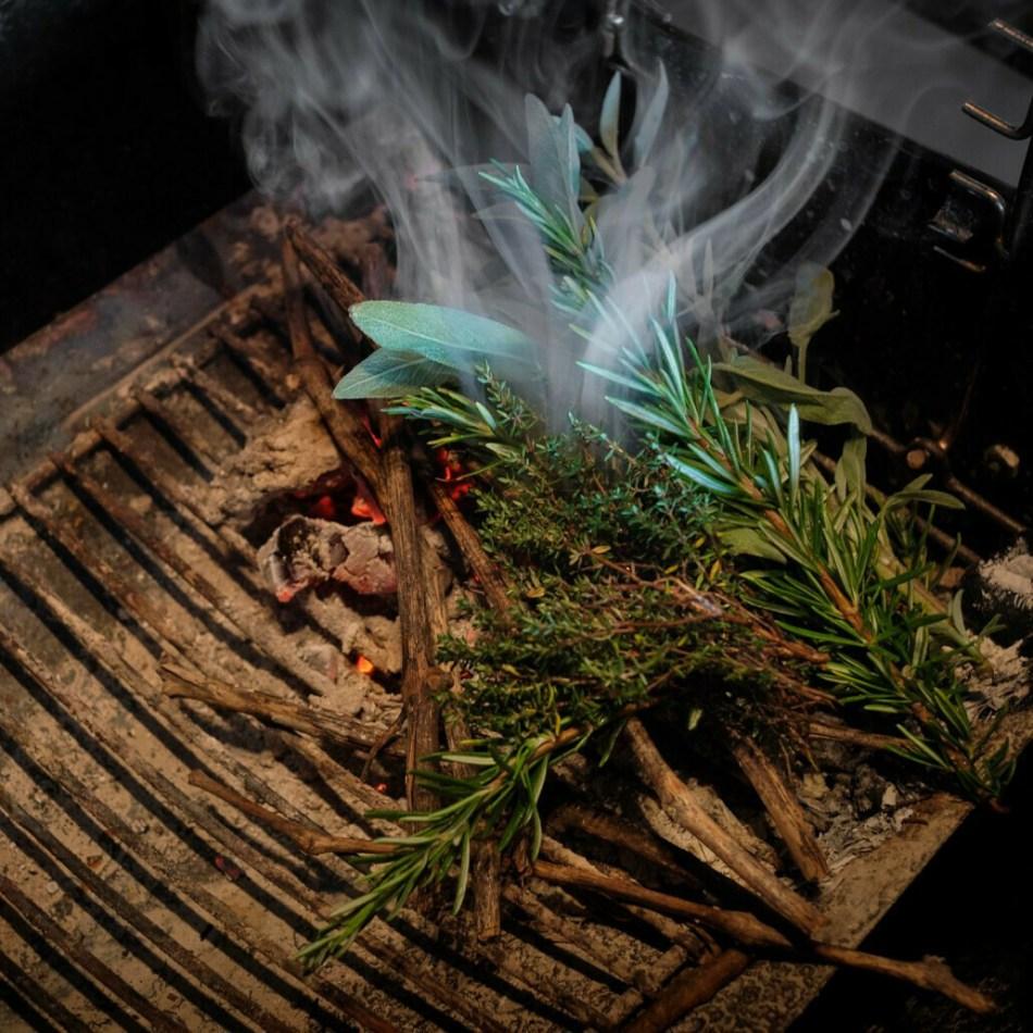 1 Cochinillo ibérico asado en horno de leña de encina. 10-12 raciones - Restaurante Don Fadrique