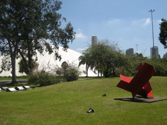 Oscar Niemeyer Gebäude: Parque_Ibapuera