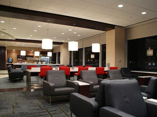 Air Canada Maple Leaf Lounge, Los Angeles LAX