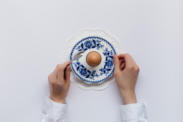 hand ceramic plate egg table