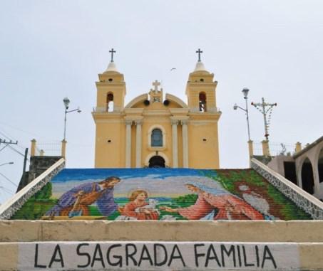 la Capilla abierta del ex Convento de los Franciscanos, ubicada en el corazón de este municipio de Calimaya.