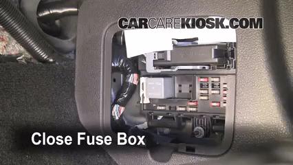 2008 ford mustang interior fuse box psoriasisguru com rh psoriasisguru com 2008 ford mustang fuse box diagram 2008 ford mustang gt500 fuse box diagram