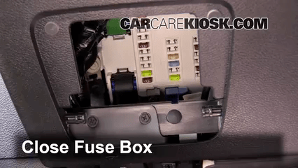 2010 jeep fuse box private sharing about wiring diagram u2022 rh caraccessoriesandsoftware co uk 2010 jeep wrangler stereo wiring diagram 2010 jeep wrangler fuse box location
