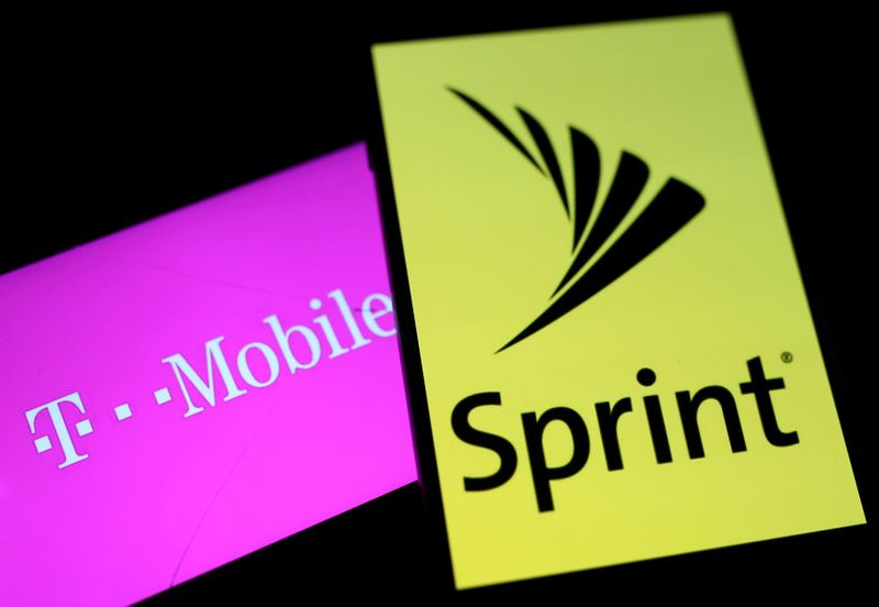T-Cellular, Sprint near agreement on new merger phrases: WSJ