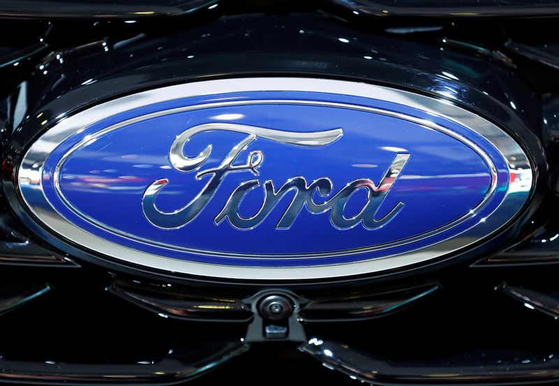 Mexico's auto industry restart gathers steam, Ford still waiting