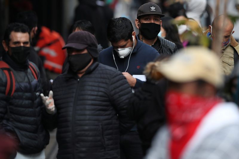 Chile jobless rate hits 9% during pandemic, highest in decade