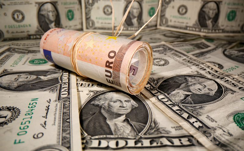 Photo of EU virus deal sends Euro to 1-1/2 year high vs dollar