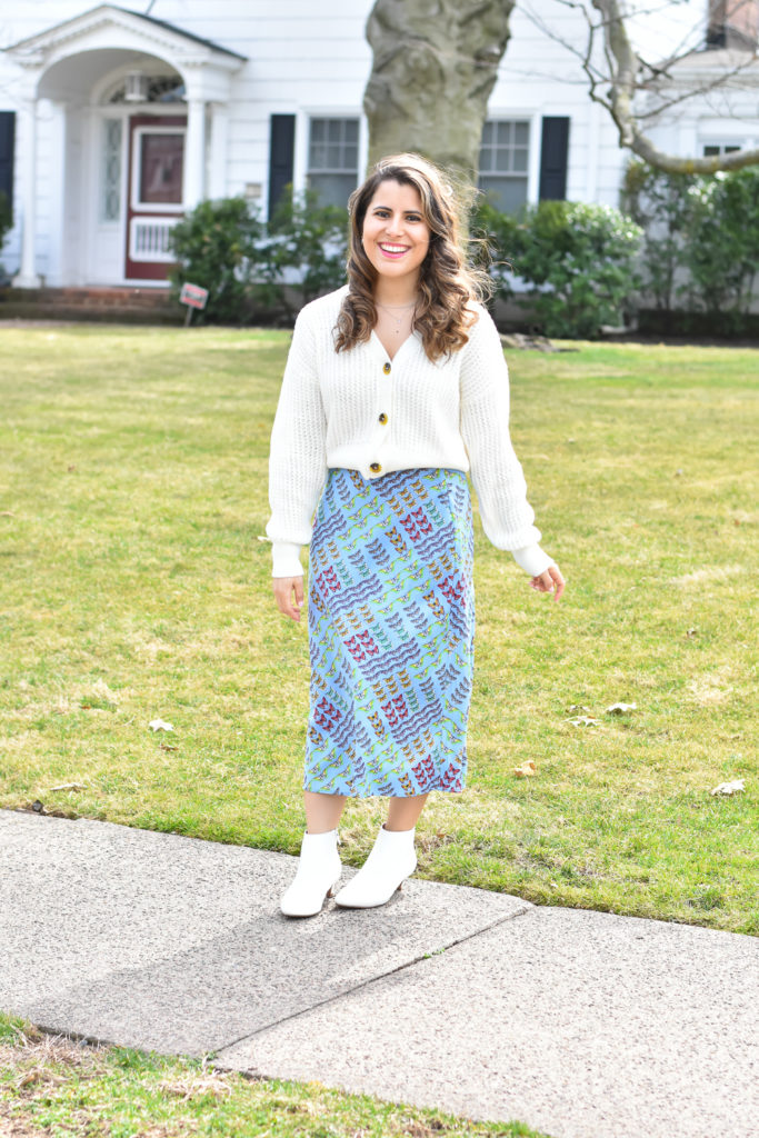 How to Style a Midi Skirt