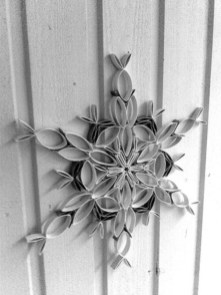Diy paper roll wall art to beautify your home 41