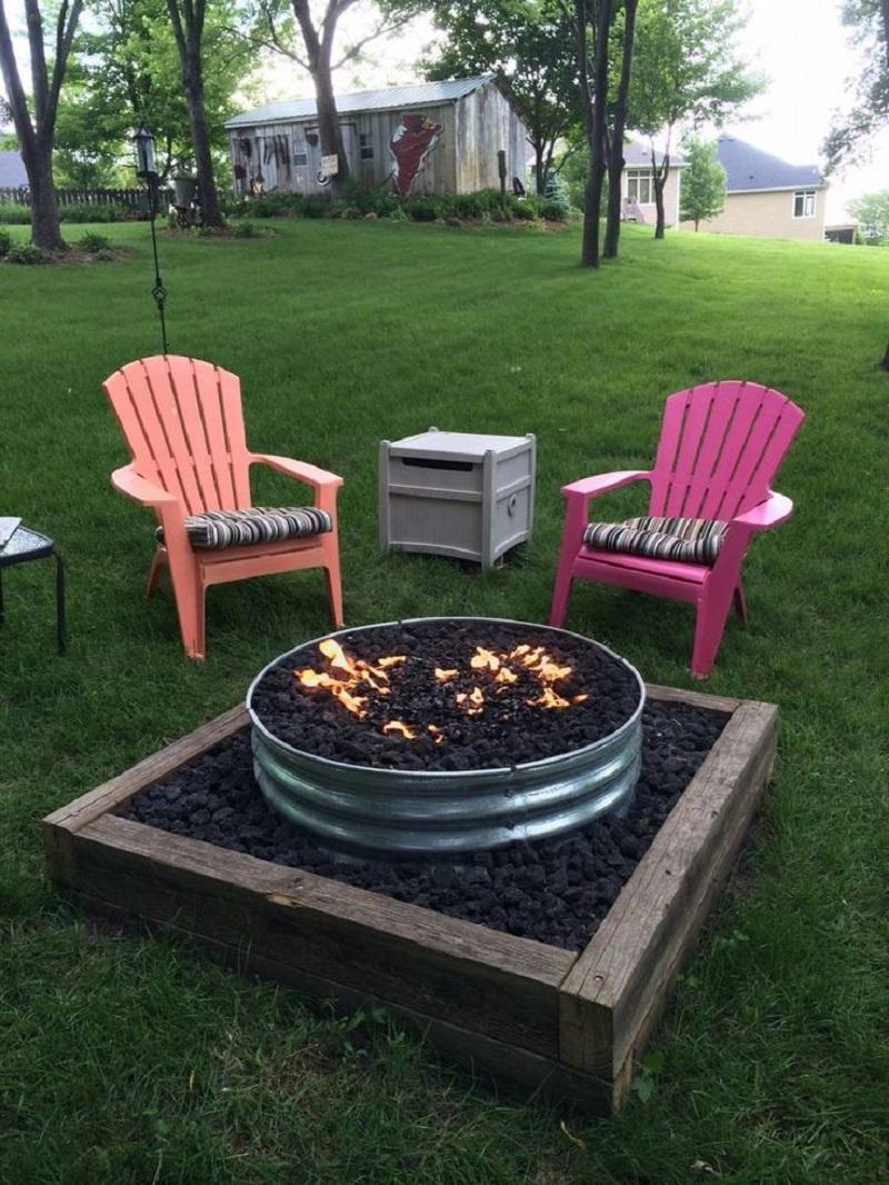 Raw fire pit