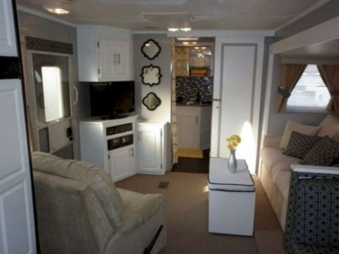 Rv living decor to make road trip so awesome 30