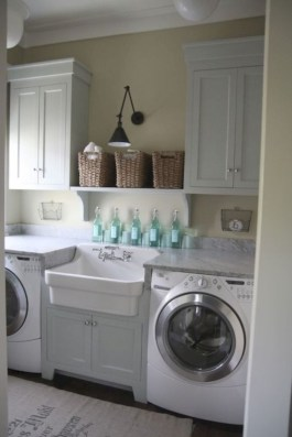 Beautiful and functional small laundry room design ideas 43