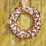 Wreath Decoration For Fall Season That Will Make Your Front Door Looks Fantastic