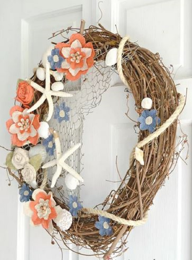 Beachy summer wreath