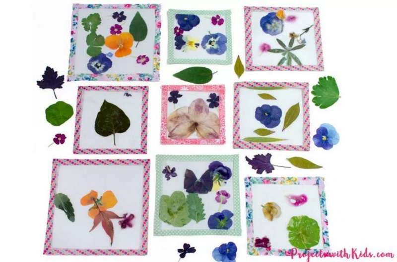 Beautiful coasters with flowers