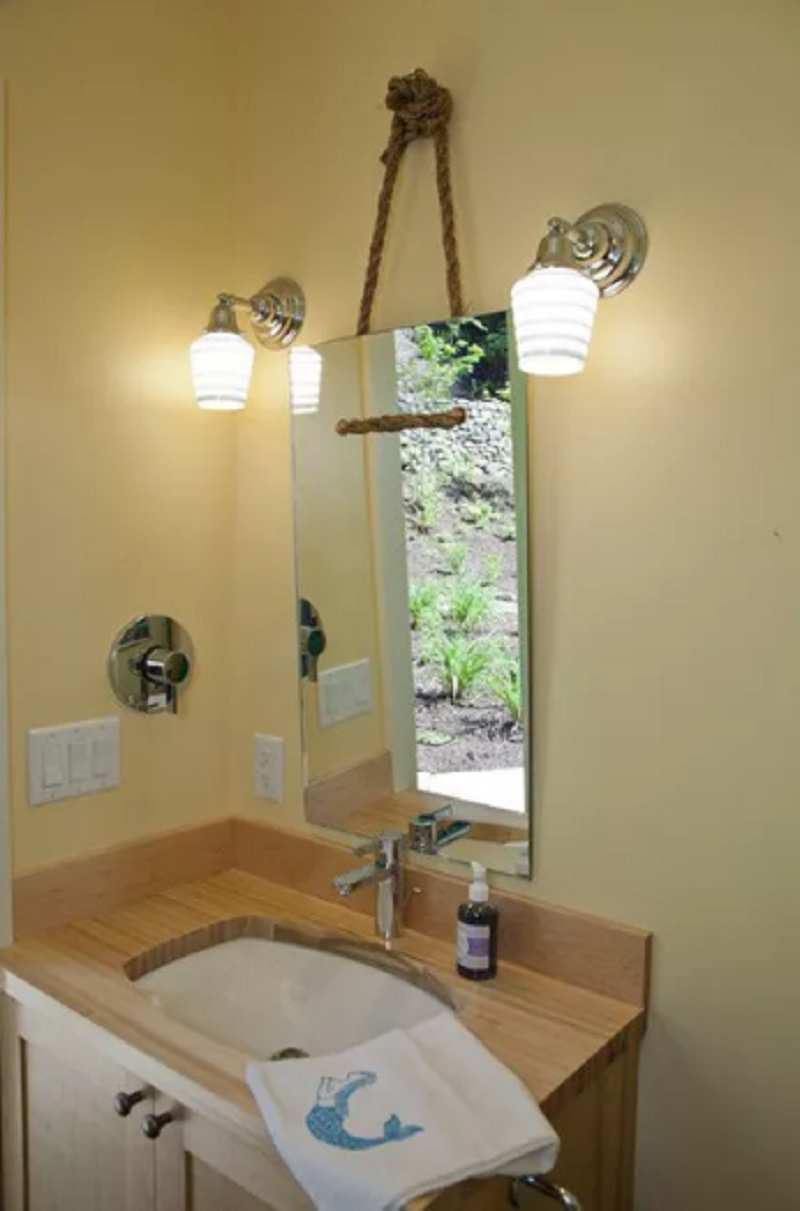 Diy mirror for bathroom