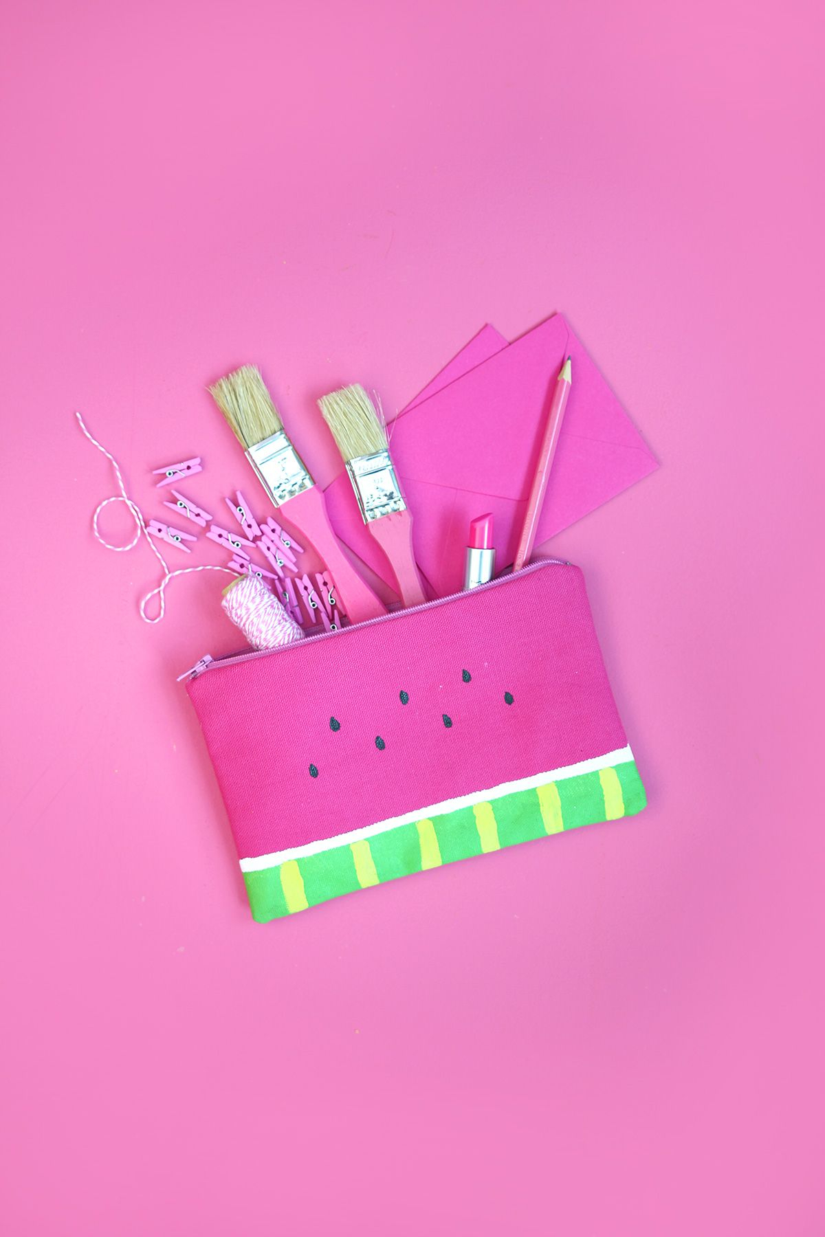 Diy strawberry pencil case DIY Stylish Pencil Cases Ideas To Elevate Your Kids Style On School