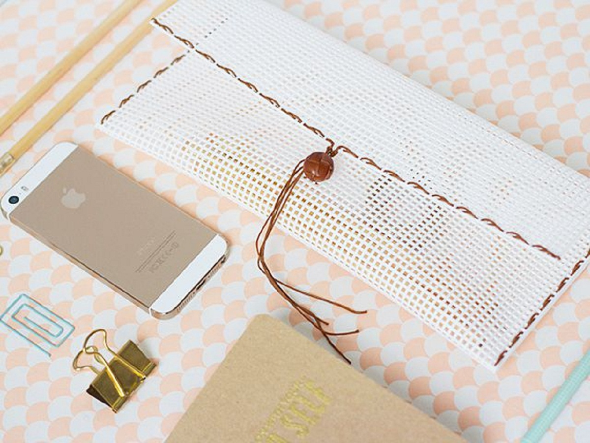 Diy woven pencil pouch DIY Stylish Pencil Cases Ideas To Elevate Your Kids Style On School