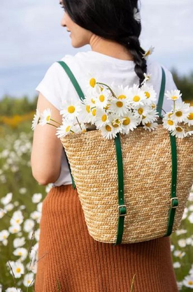 Diy beautiful basket backpack