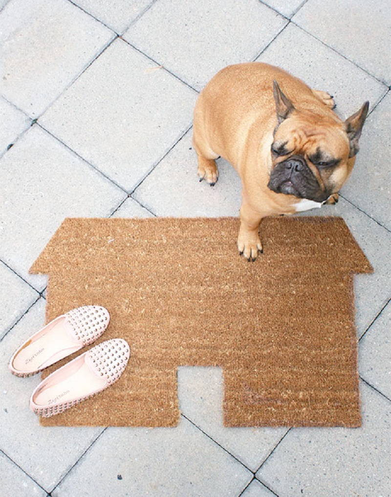 House shaped diy doormat DIY Doormat That Offers You Impressive Yet Inexpensive Ideas