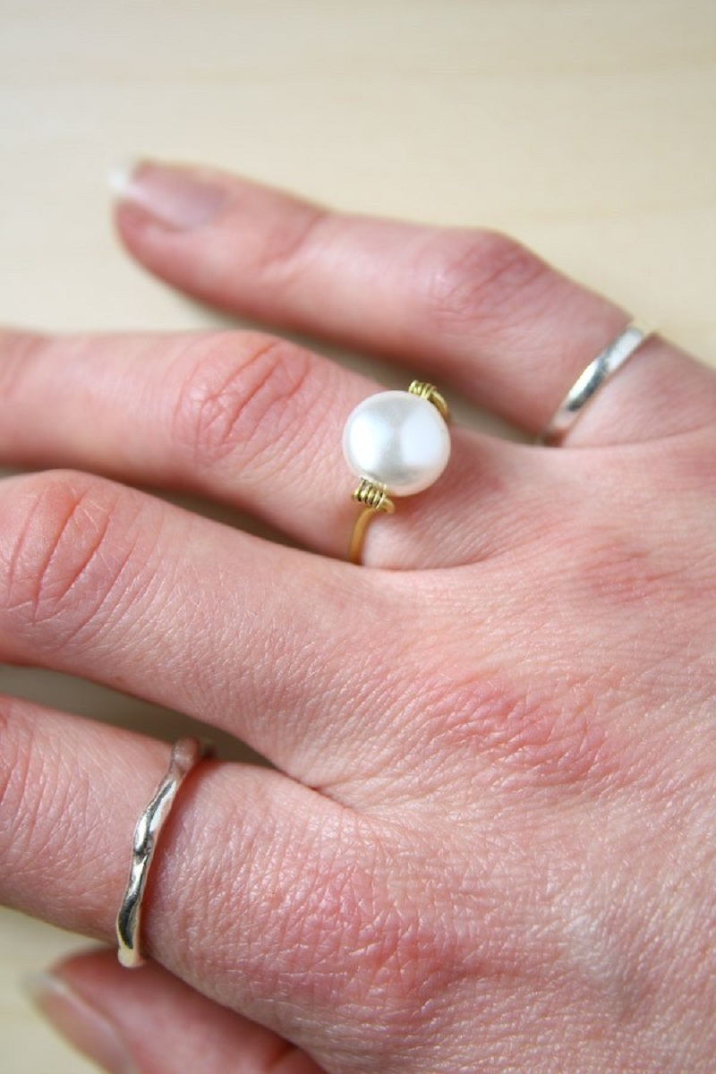 Pearl bead ring DIY Captivating Ring Ideas To Add More Gorgeous Collection