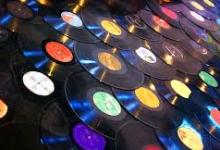 Liberdades X excessos na música