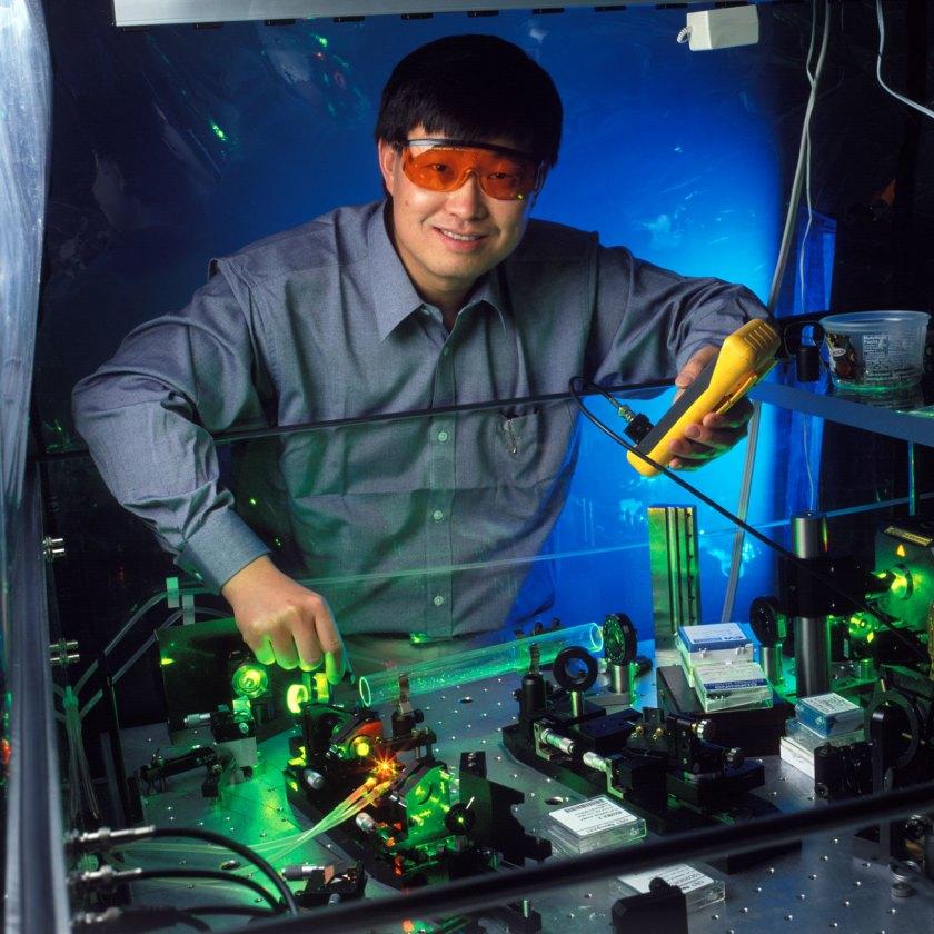 Photo of Jun Ye in his lab