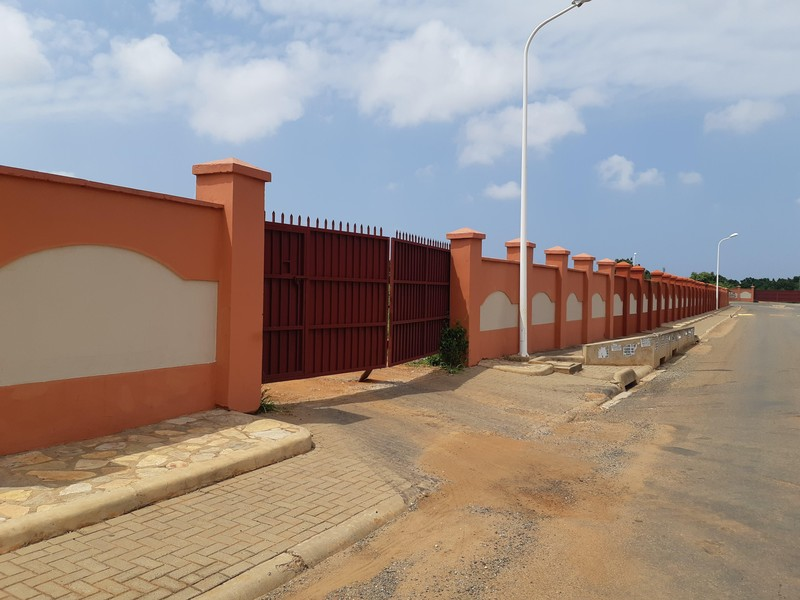 The prefab house is practically all windows. 77 Properties And Homes For Sale In Accra Ghana Broll Ghana