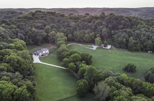 $5,999,999 - 8Br/8Ba -  for Sale in Leiper's Fork, Franklin