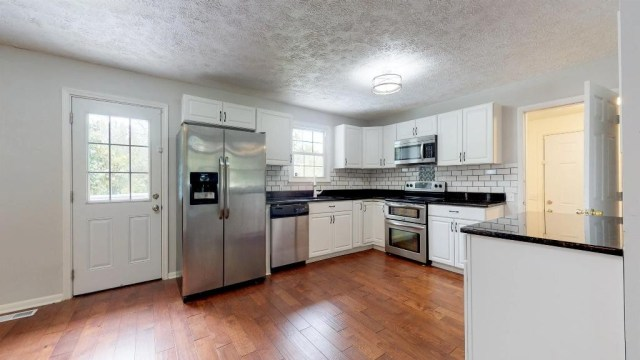 $1 - 4Br/2Ba -  for Sale in Midway, La Vergne