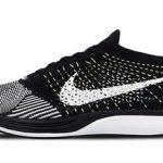 """リストック 1月15日発売予定 Nike Flyknit Racer """"BLACK/WHITE-WHITE"""""""