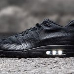 "近日発売予定 NIKE AIR MAX 1 ULTRA FLYKNIT ""triple black"""