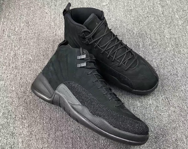 air-jordan-12-ovo-black-metallic-gold-2