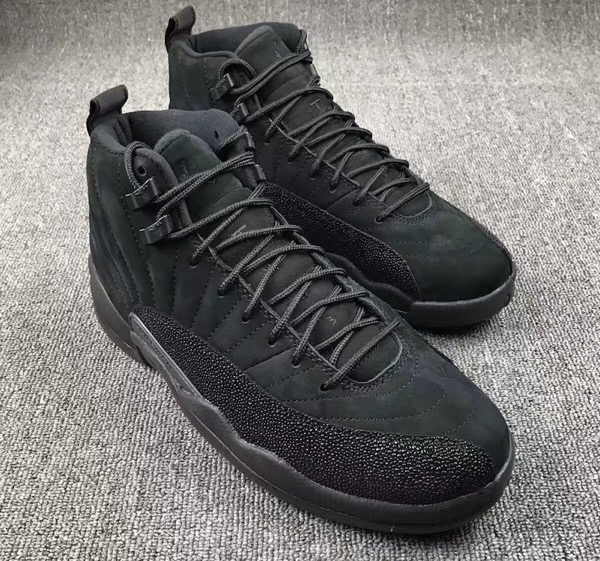 air-jordan-12-ovo-black-metallic-gold-8