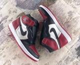 air-jordan-1-bred-toe-555088-610-02